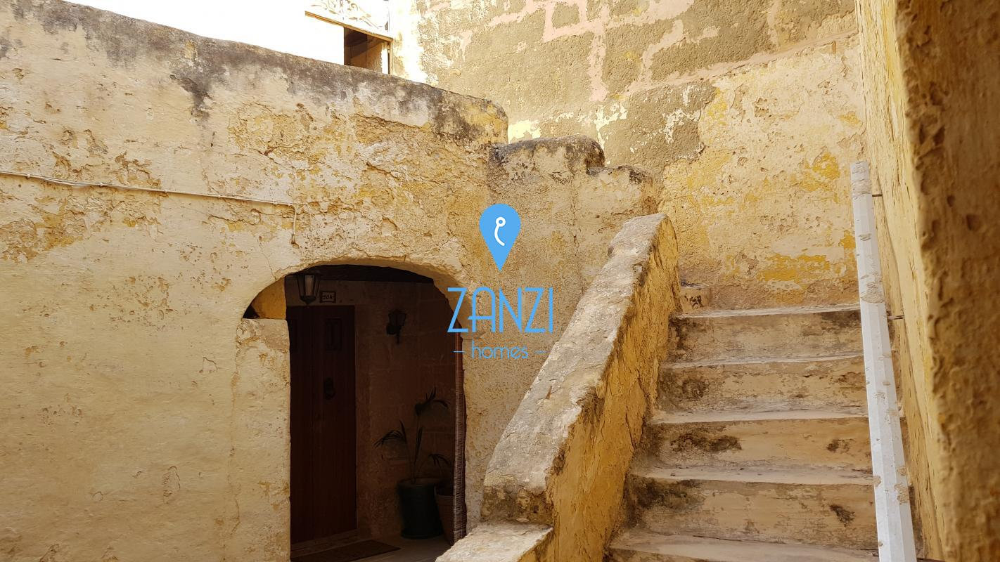 House of Character in Gharghur - REF 44043
